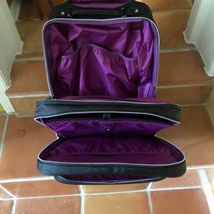 Victor inbox Brilliance Suitcase